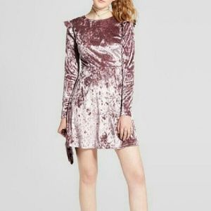 Mossimo velvet long sleeve dress